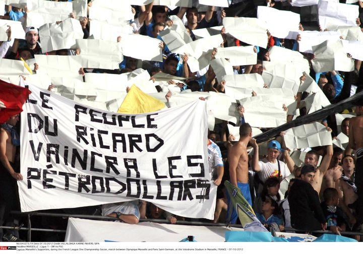 Une banderole de supporters de l'OM lors d'un OM-PSG au Stade Vélodrome de Marseille, le 7 octobre 2012. (NIVIERE/VILLALONGA KARINE/SIPA)