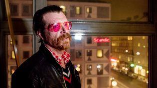 Jesse Hughes, le leader du groupe Eagles of Death Metal, le 13 février 2016 à Stockholm. (GUSTAV MAARTENSSON / AFP)