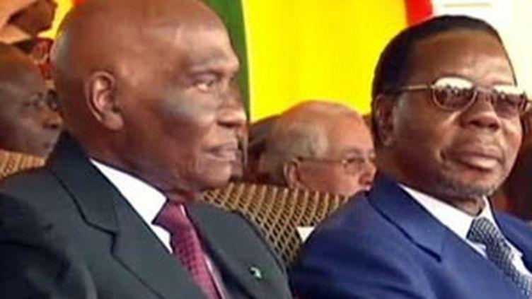 Le président sénégalais Abdoulaye Wade aux festivités du cinquantenaire de l'indépendance du pays le 04 avril 2010 (France 2)