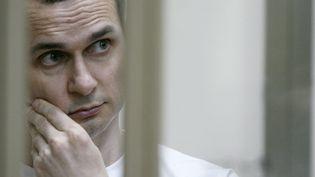 Le réalisateur ukrainien Oleg Sentsov lors d'une audition en Russie, en juillet 2015.  (Sergei Venyavsky / AFP)