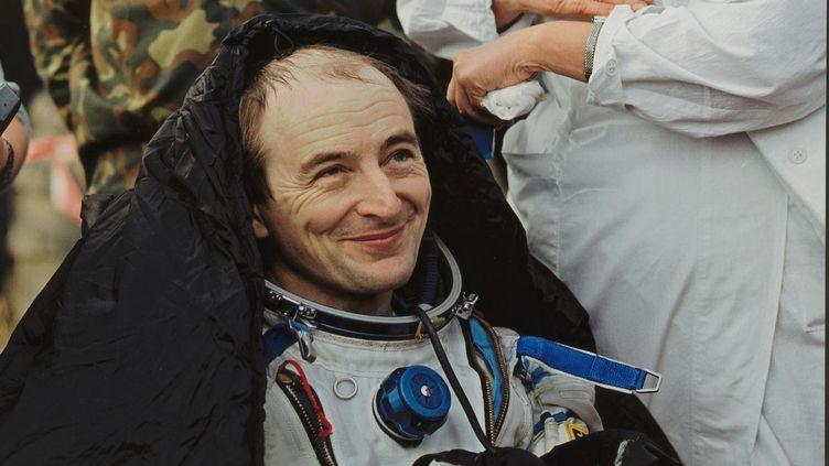 L'astronaute français Jean-Pierre Haigneré, à son retour de mission dans l'espace en août 1999. (ESA/CNES)