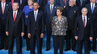 Photo de famille du G20 àAntalya (sud de la Turquie), le 15 novembre 2015 (MIHAIL METZEL / RIA NOVOSTI / AFP)