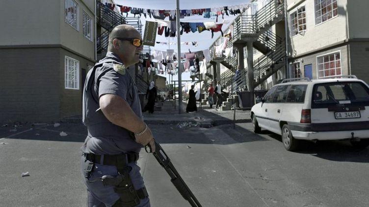 Bien que très présente, la police n'arrive pas à imposer son autorité. (AFP)