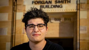 Drew Pavlou sur le campus de l'Université du Queensland à Brisbane,le 1er septembre 2020. (PATRICK HAMILTON / AFP )