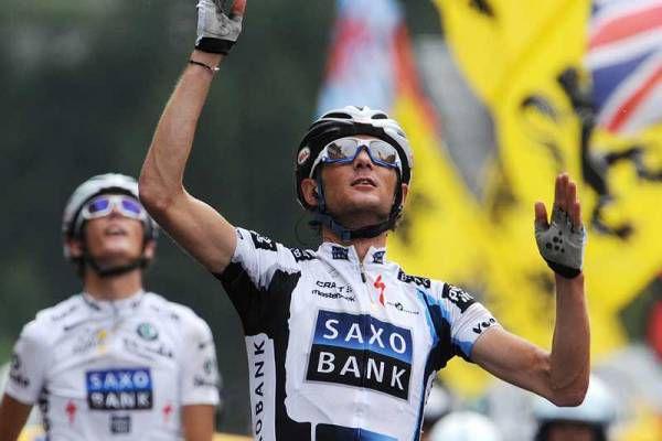 Frank Schleck s'impose devant son frère et Contador au Grand-Bornand.