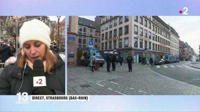 Attaque à Strasbourg : les premières fleurs déposées