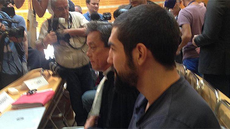 Nikola Karabatic et son avocat au tribunal de Montpellier