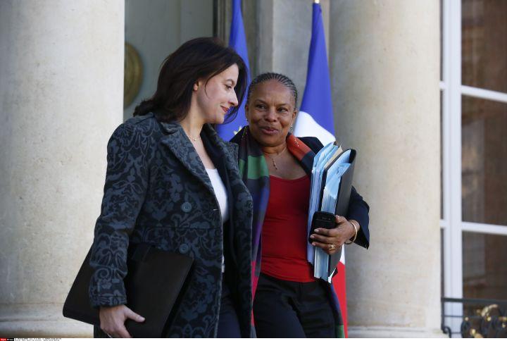 La ministre du Logement, Cécile Duflot (G), et celle de la Justice,Christiane Taubira, à l'Elysée, le 13 novembre 2013. (BERNARD BISSON / JDD / SIPA)