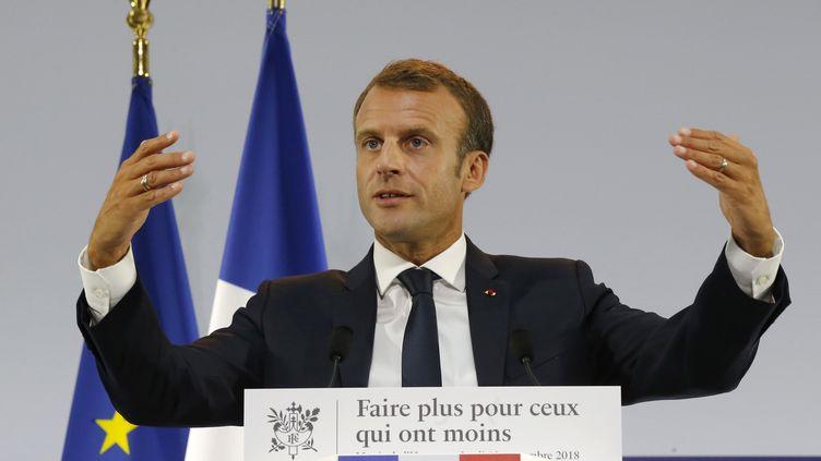 Emmanuel Macron, le 13 septembre 2018, lors de la présentation du plan pauvreté, au musée de l'Homme à Paris. (MICHEL EULER / AFP)