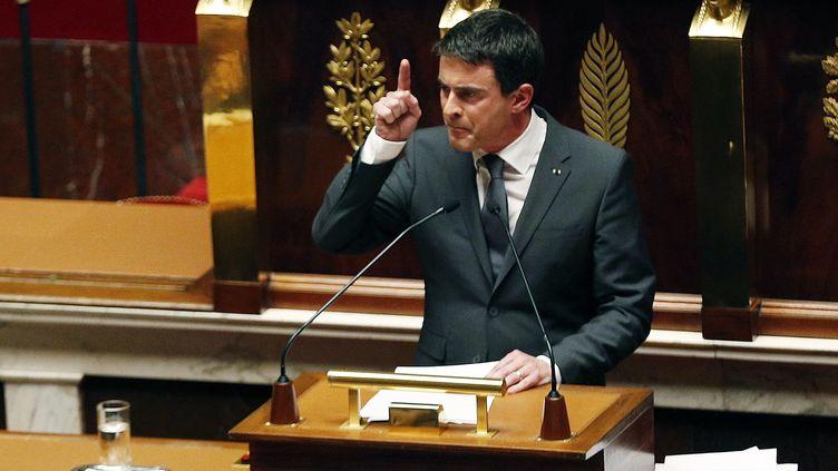 Le Premier ministre Manuel Valls prononce un discours à l'Assemblée nationale, mardi 13 janvier 2015,après les attentats commis en France. (FRANCOIS GUILLOT / AFP)