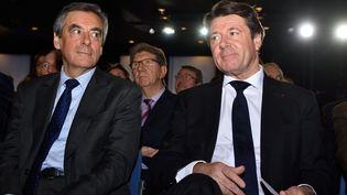 François Fillon et Christian Estrosi, le 11 janvier 2017 à Nice (Alpes-Maritimes). (CITIZENSIDE / ERICK GARIN / AFP)