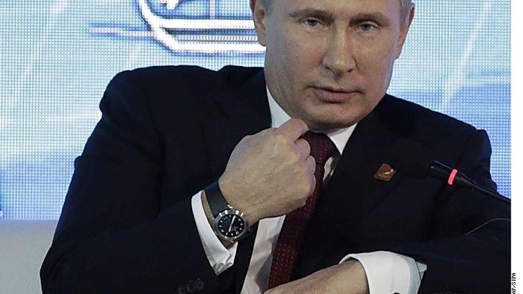 Le président russe, Vladimir Poutine, le 7 octobre 2013 à Bali (Indonésie). (WONG MAYE-E / AP / SIPA)