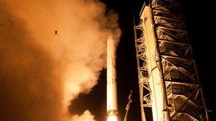 Une grenouille est expédiée dans les airs pendant le décollage de la sonde LADEE à Wallops (Virginie, Etats-Unis), le 6 septembre 2013. (NASA / WALLOPS)