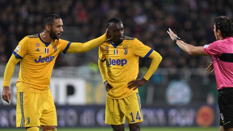 Le milieu de terrain Blaise Matuidi (au milieu) lors de la rencontre de la Juventus à Cagliari (Italie), samedi 6 janvier 2018. (ALBERTO LINGRIA / REUTERS)