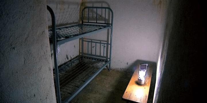 L'intérieur d'un des bunkers de la ligne P où les soldats espagnols étaient censés pouvoir passer plusieurs semaines.  (France 3)