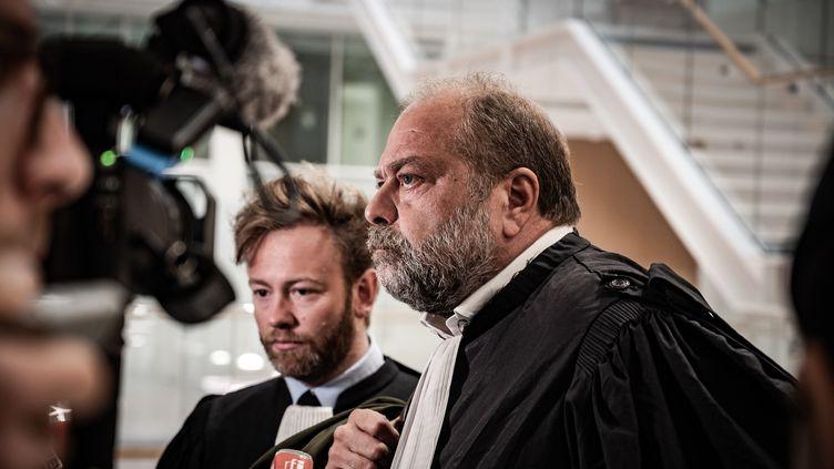 Les avocats Eric Dupont-Moretti et Antoine Vey, au tribunal du grande instance de Paris, le 13 septembre 2019. (NICOLAS CLEUET / HANS LUCAS / AFP)