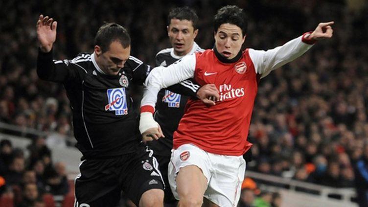 Samir Nasri (Arsenal) tente de passer en force
