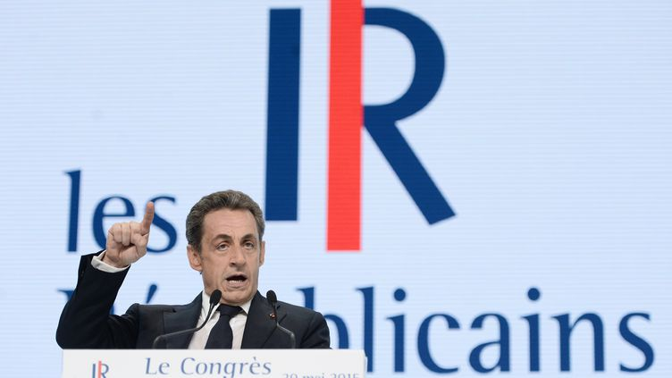 Nicolas Sarkozy s'exprime lors du congrès fondateur des Républicains, le 30 mai 2015, à Paris. (STEPHANE DE SAKUTIN / AFP)