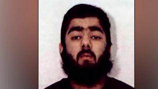 L'auteur de l'attentat de Londres (Royaume-Uni) avait déjà été condamné pour terrorisme en 2012. Usman Khan, âgé de 28 ans, était en liberté conditionnelle depuis un an. (FRANCE 2)