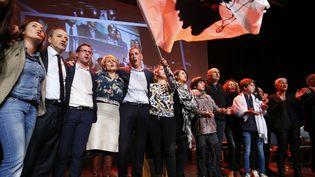 Les candidats de la coalitionPè a Corsica (Pour la Corse), lors d'un meeting à Ajaccio (Corse-du-Sud), mercredi 6 décembre 2017, avant le second tour des élections territoriales de Corse. (PASCAL POCHARD-CASABIANCA / AFP)
