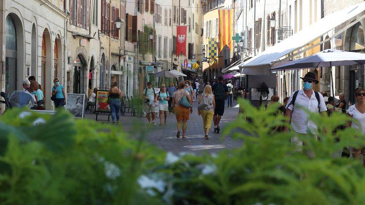 Le centre-ville de Chambéry, classé deuxième desvilles moyennesqui ont le mieux résisté à la crise du Covid-19. (XAVIER GRUMEAU / RADIOFRANCE)