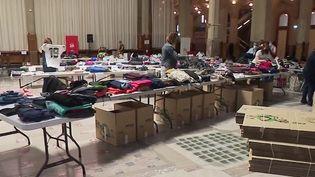Solidarité : à Lille, de nombreux dons de vêtements pour les réfugiés afghans (France 2)