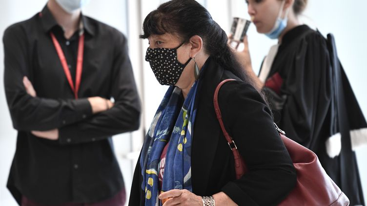 Marika Bret au tribunal de Paris le 9 septembre 2020 pour le procès des attentats de janvier 2015. (STEPHANE DE SAKUTIN / AFP)