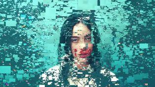 """Le clip """"Infinite Bad Guy"""" de la chanteuse américaine Billie Eilish estconstitué de milliers de reprises de son hit """"Bad Guy"""". Cette vidéo a été conçue par YouTube pour célébrer le milliard de vues du clip de cette chanson en novembre 2020. (YOUTUBE)"""