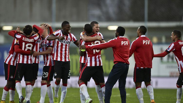 La joie des joueurs du PSV Eindhoven (PATRICIA DE MELO MOREIRA / AFP)