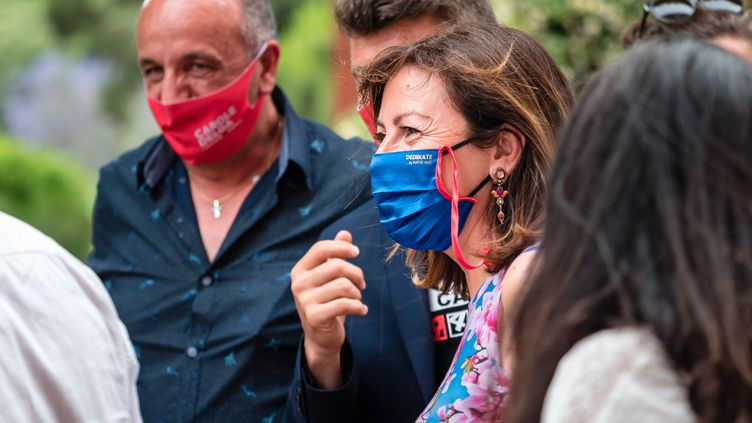 Carole Delga, présidente sortante de la région Occitanie, en visite à Perpignan, le 11 juin 2021. (ARNAUD LE VU / HANS LUCAS / AFP)