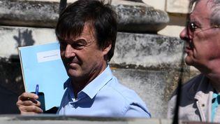 Nicolas Hulot arrive à la préfecture des Pays de la Loire, à Nantes, le 18 avril 2018. (JEAN-FRANCOIS MONIER / AFP)