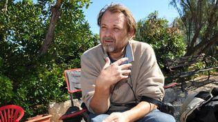 """Le réalisateur Christophe Ruggia sur le tournage du film""""Dans la tourmente"""", le 28 septembre 2010 à Martigues (Bouches-du-Rhône). (MAXPPP)"""