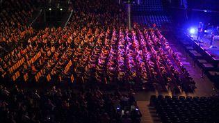 Une expérimentation similaire avait été menée le 22 août 2020 en Allemagne, afin d'étudier les risques de clusters lors d'un concert du chanteur pop Tim Bendzko. Près de 1 400 visiteurs avaient participé à l'expérienceà l'Arena de Leipzig. (HENDRIK SCHMIDT / DPA-ZENTRALBILD)