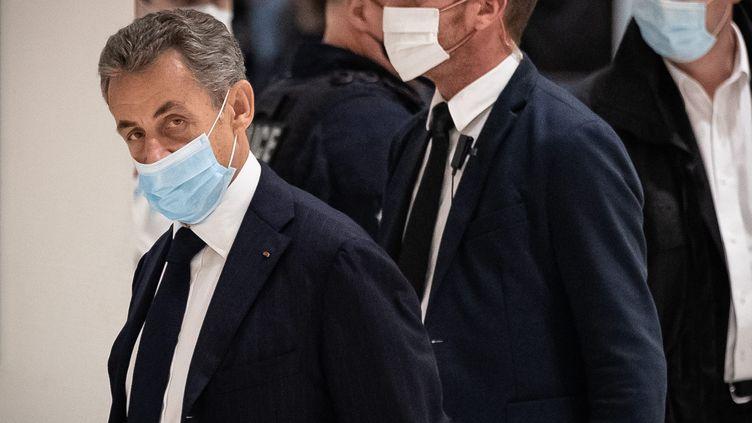 Nicolas Sarkozy à son arrivé au palais de justice de Paris le 23 novembre 2020. (AURELIEN MORISSARD / MAXPPP)