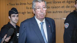 Patrick Balkany quitte le tribunal correctionnel de Paris, le 22 mai 2019. (SAMUEL BOIVIN / NURPHOTO / AFP)