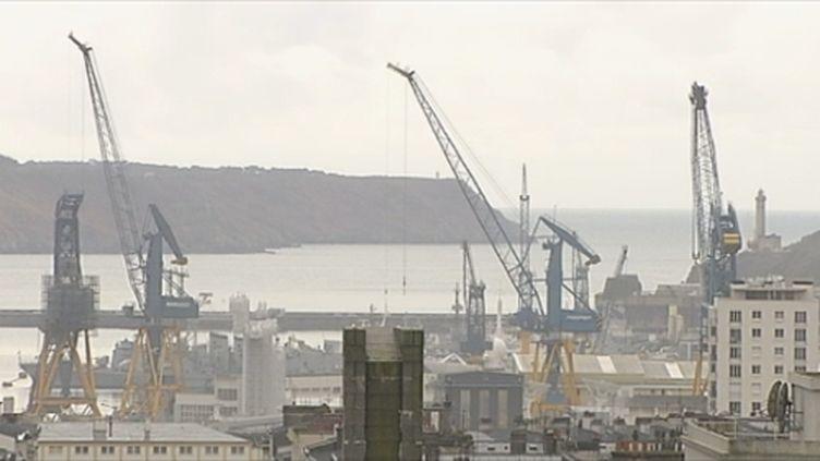 Vue du port de Brest (FTV)