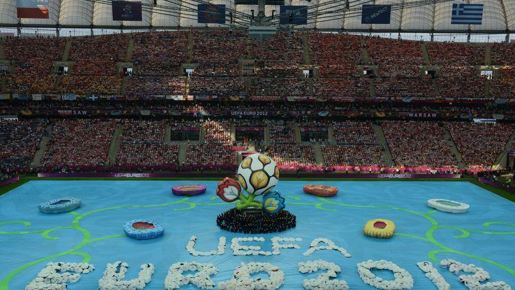 La cérémonie d'ouverture de l'Euro 2012, le 8 juin 2012 à Varsovie (Pologne). (JANEK SKARZYNSKI / AFP)