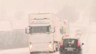 Une départementale de l'Orne sous la neige mercredi 30 janvier 2019 (CAPTURE D'ÉCRAN FRANCE 3)
