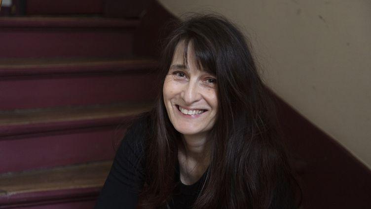 Portrait de l'écrivaine Claudine Desmarteau, août 2021 (Francesca Mantovani / Gallimard)