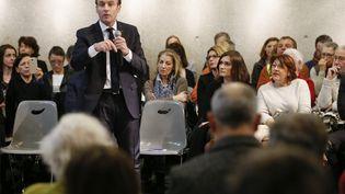 Emmanuel Macron, le 24 janvier, à Bourg-en-Péage (Drôme). (EMMANUEL FOUDROT / AFP)