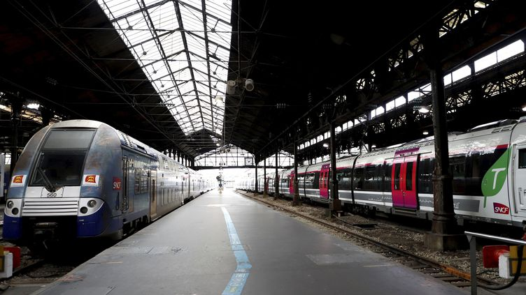 Les quais de la gare Saint-Lazare, à Paris, dimanche 8 décembre 2019. (MAXPPP)