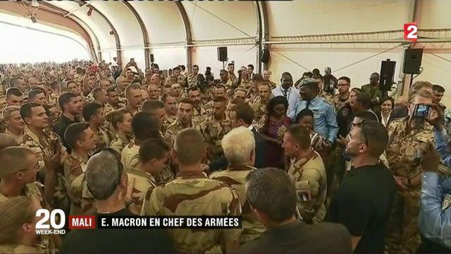 Mali : Emmanuel Macron en chef des armées
