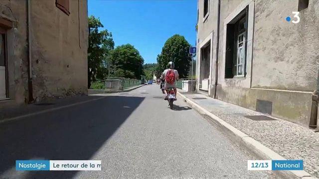 Drôme : un voyage dans le passé en louant d'anciennes mobylettes