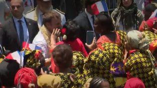 Emmanuel Macton à Mayotte (France 2)