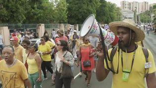 Éducation : deux mois de blocage aux Antilles (FRANCE 3)