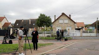 La maison de Limay (Yvelines), où habite l'homme arrêté à Glasgow, en Ecosse, le 11 octobre 2019. La police écossaise l'a pris à tort pour Xavier Dupont de Ligonnès. (THOMAS SAMSON / AFP)