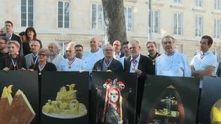 Plongée au cœur d'un des concours les plus prestigieux : le meilleur ouvrier de France. Les représentants de 200 métiers rêvent d'obtenir ce symbole d'excellence. (FRANCE 2)