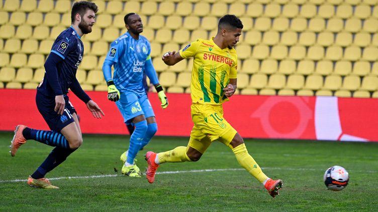 Ludovic Blas ouvre le score pour le FC Nantes face à l'OM (DAMIEN MEYER / AFP)