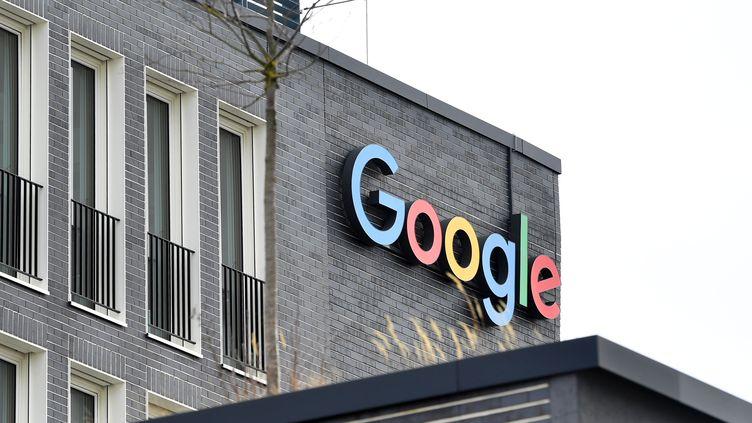 Le logo de la société Google. Photo d'illustration. (FRANK HOERMANN / SVEN SIMON / MAXPPP)