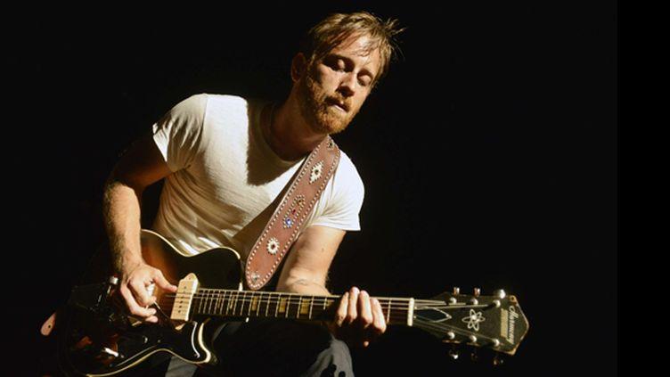 Dan Auerbach des Black Keys à la guitare en Caroline du Nord, juillet 2013.  (MCT/SIPAUSA/SIPA)